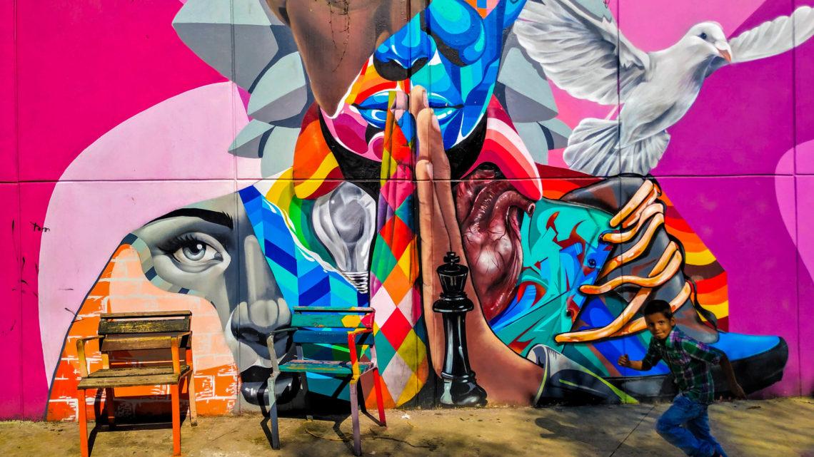 Genialne murale w Medellin Activemove.pl, SPływy Pontonowe przełomem Dunajca, splywy kajakaowe Przełomem Dunajca, Przełom Dunajca, Wypożyczalnia Kajaków Atrakcje w Pieninach, Atrakcje Pienin, Kajaki na Dunajcu