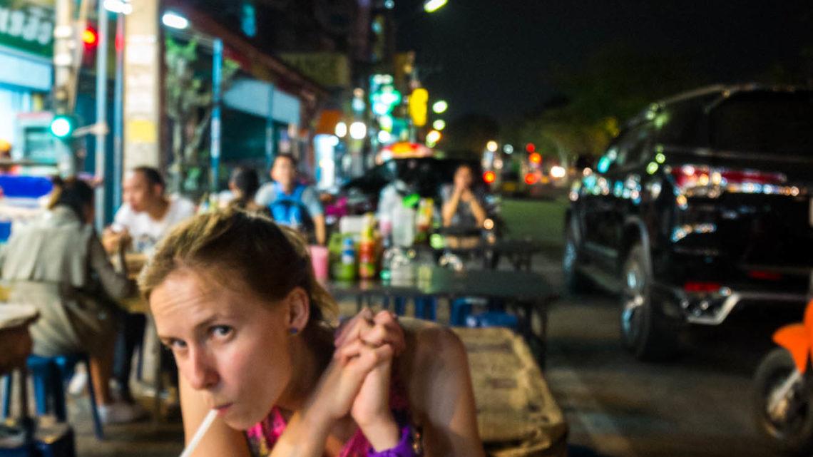 Chiang Mai i pyszna kolacja Activemove.pl, Pływy Pontonowe przełomem Dunajca, splywy kajakaowe Przełomem Dunajca, Przełom Dunajca, Wypożyczalnia Kajaków Atrakcje w Pieninach, Atrakcje Pienin, Kajaki na Dunajcu
